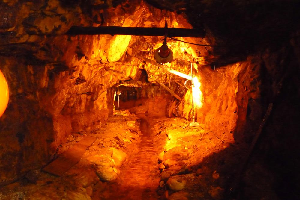 旧岩美鉱山